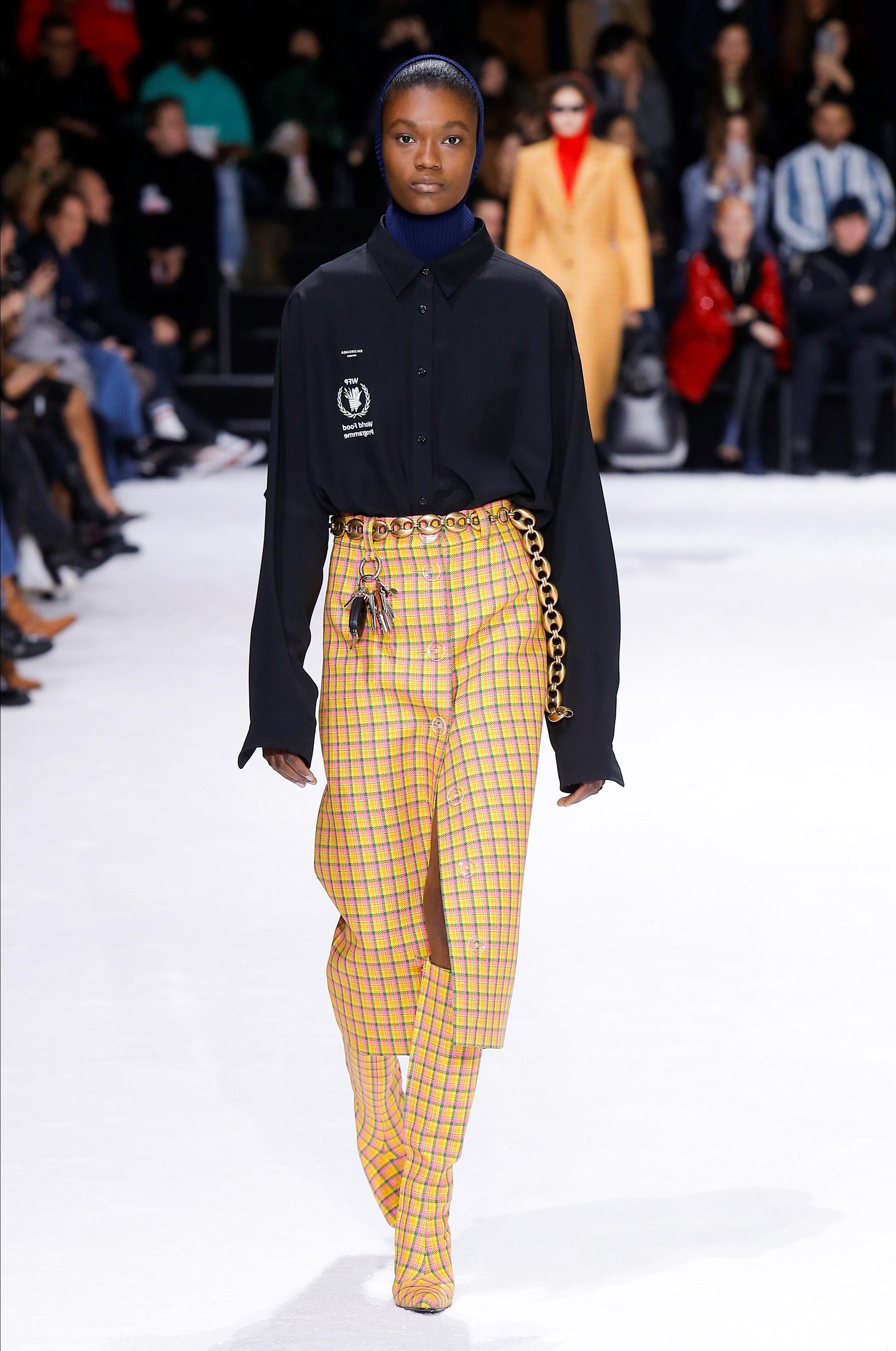 Баленсиага: мода на осень 2018/2019 на супер-объем oversize