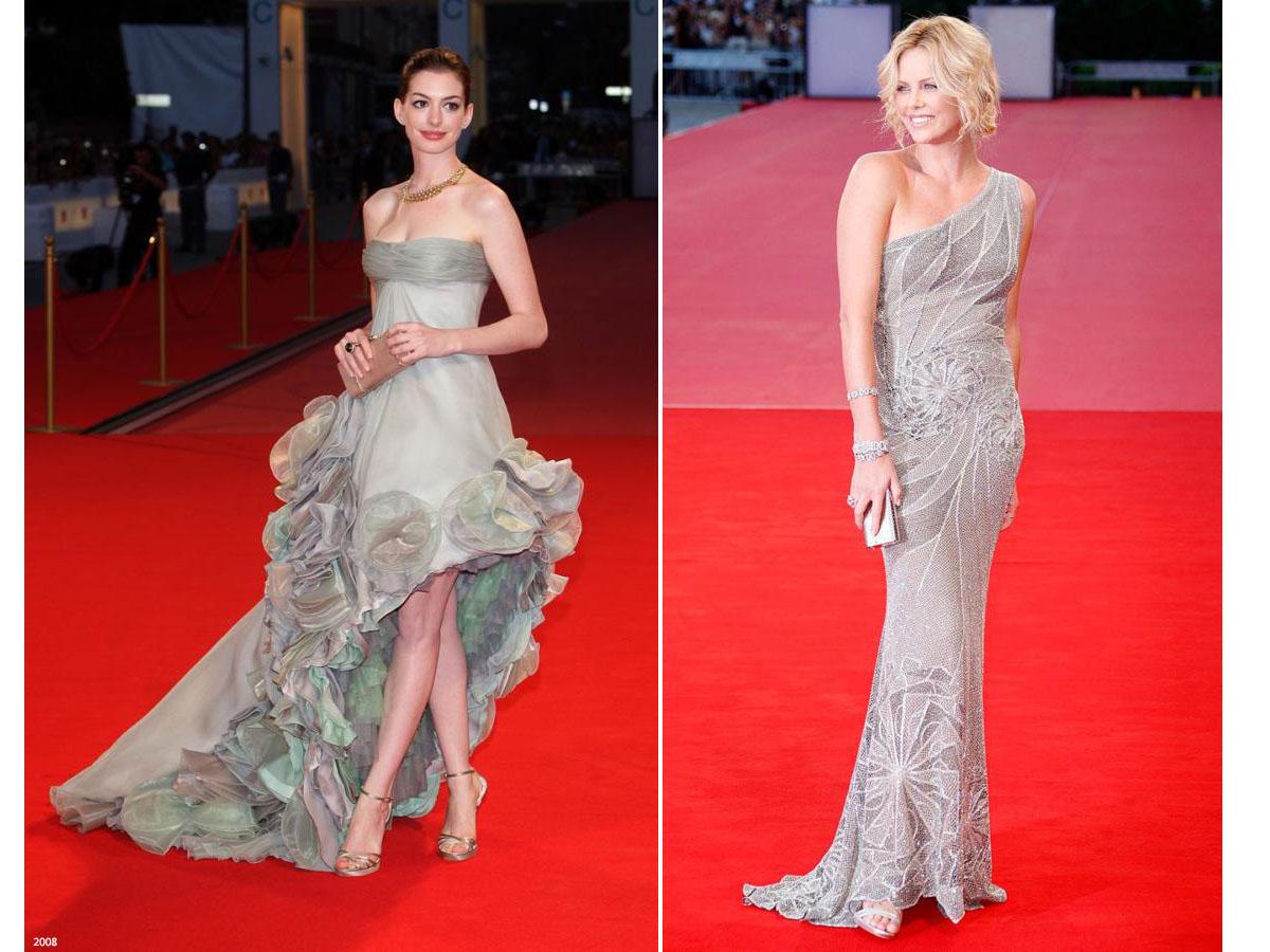Самые красивые вечерние платья Версаче Венецианский кинофестиваль. На фото  Энн Хэтэуэй и Шарлиз Терон b15a2b68e6c